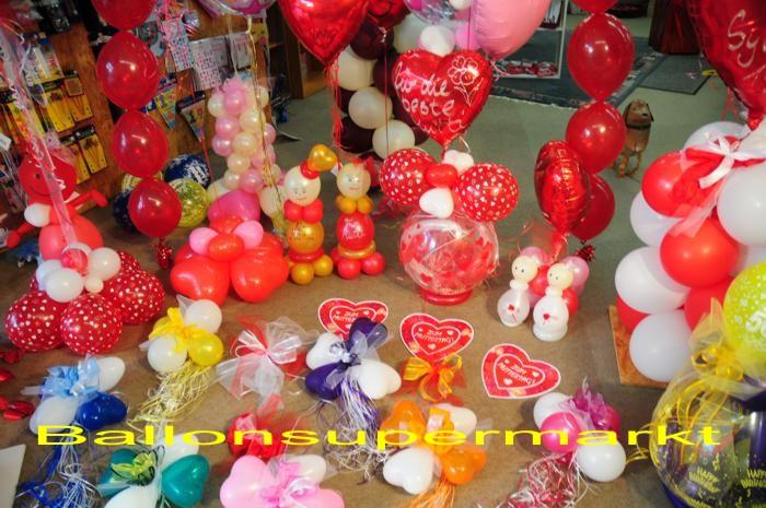 muttertag geschenke dekorationen und ballons. Black Bedroom Furniture Sets. Home Design Ideas